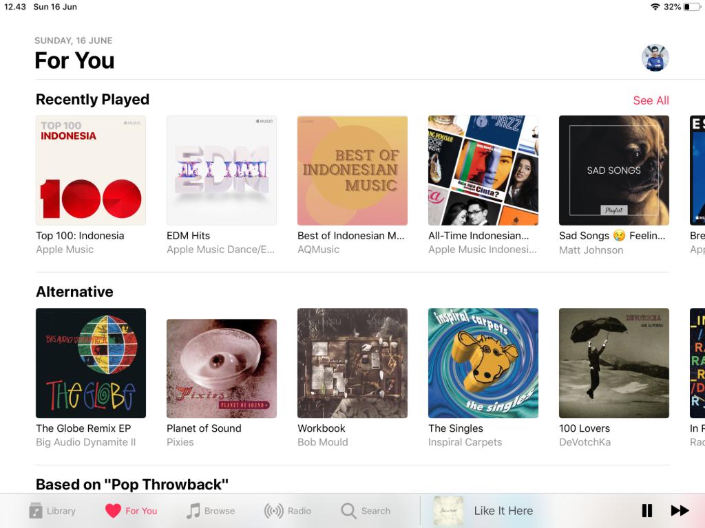 Apple Music atau Spotify